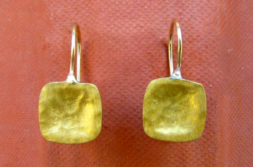 <b>A039 - small</b> - Sterling Silver earrings with 24K gold