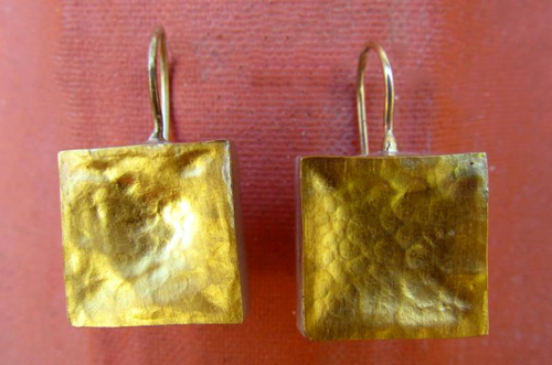<b>A039 - Big</b> - Sterling Silver earrings with hammered 24K gold