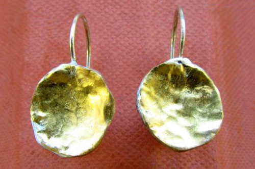 <b>A110</b> - Sterling silver with 24K gold earing