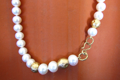 <b>SH088</b> - pearl and 14K gold beads necklace
