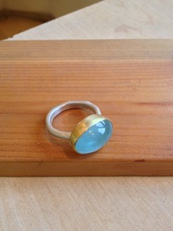 <b>T-176</b> - sterling silver 24K gold and Aquamarine ring